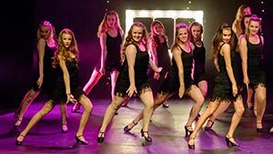 Showgruppen move it