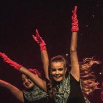 Amelia, en av Dansa! i Faluns ledare